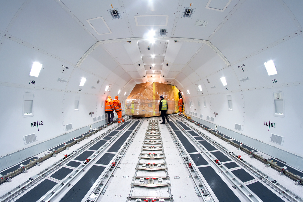 shutterstock_320925677-freight-interior-3